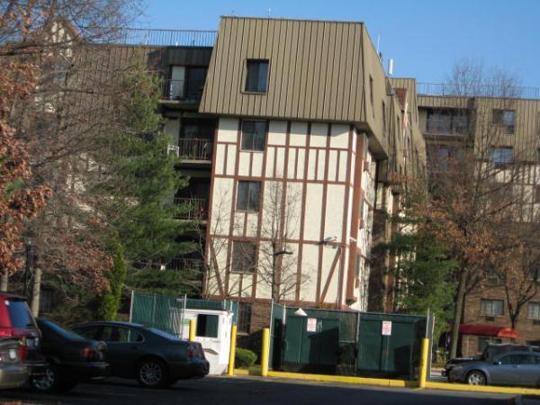 Elmwood Park Drive Apartments Staten Island