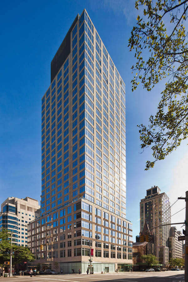 The Laurel At 400 East 67th St In Lenox Hill Sales