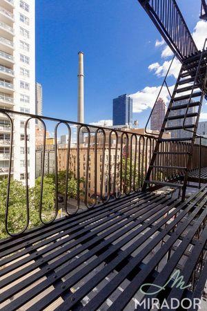 Streeteasy 1435 york avenue in upper east side 6d for 41 river terrace new york