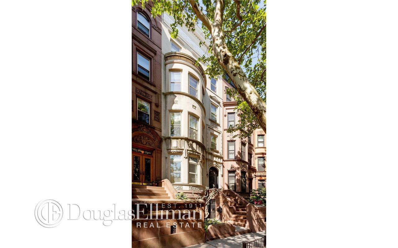 Townhouse | 646 2nd Street, New York, NY 1
