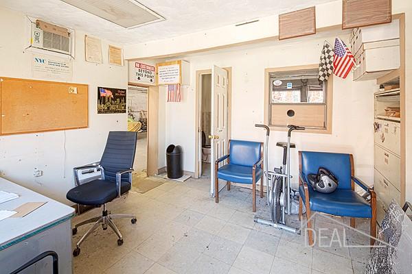 Apartment / Flat / Unit   511-513 3rd Avenue #CMML, New York, NY 6