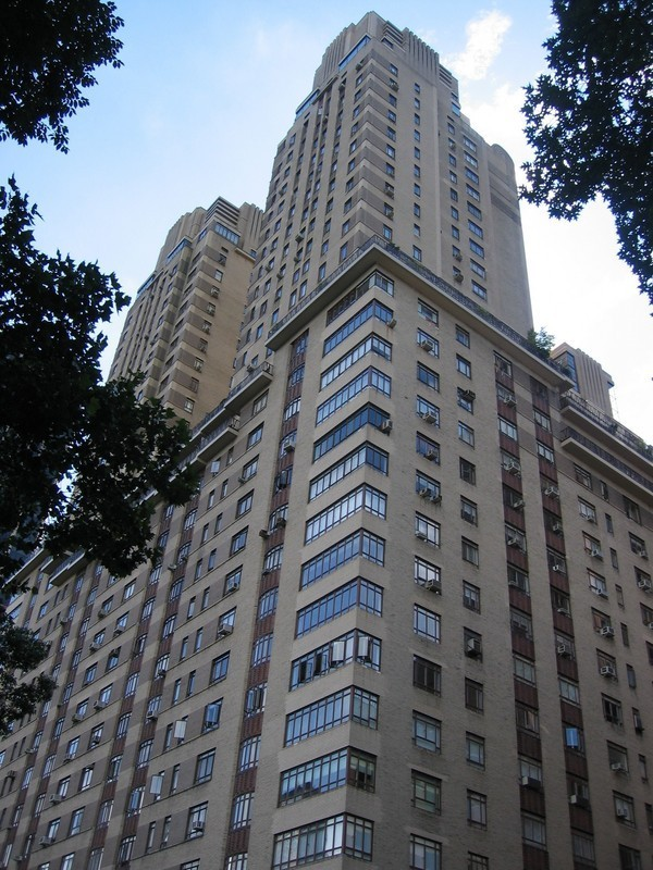 The century condominium at 25 central park west in lincoln for Apartments in manhattan for sale