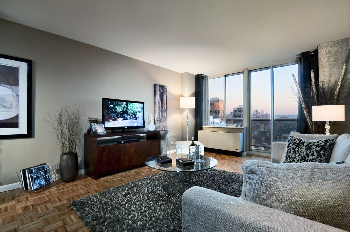 3 Bedroom Apartments Nyc No Fee Ideas Property Streeteasy Riverbank At 560 West 43Rd Street In Hell's Kitchen .