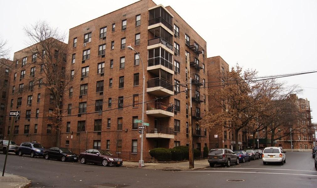 665 Thwaites Place In Bronxwood Bronx Naked Apartments