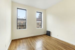 Condo In Upper West Side Listed By Douglas Elliman 209 W 109th Street