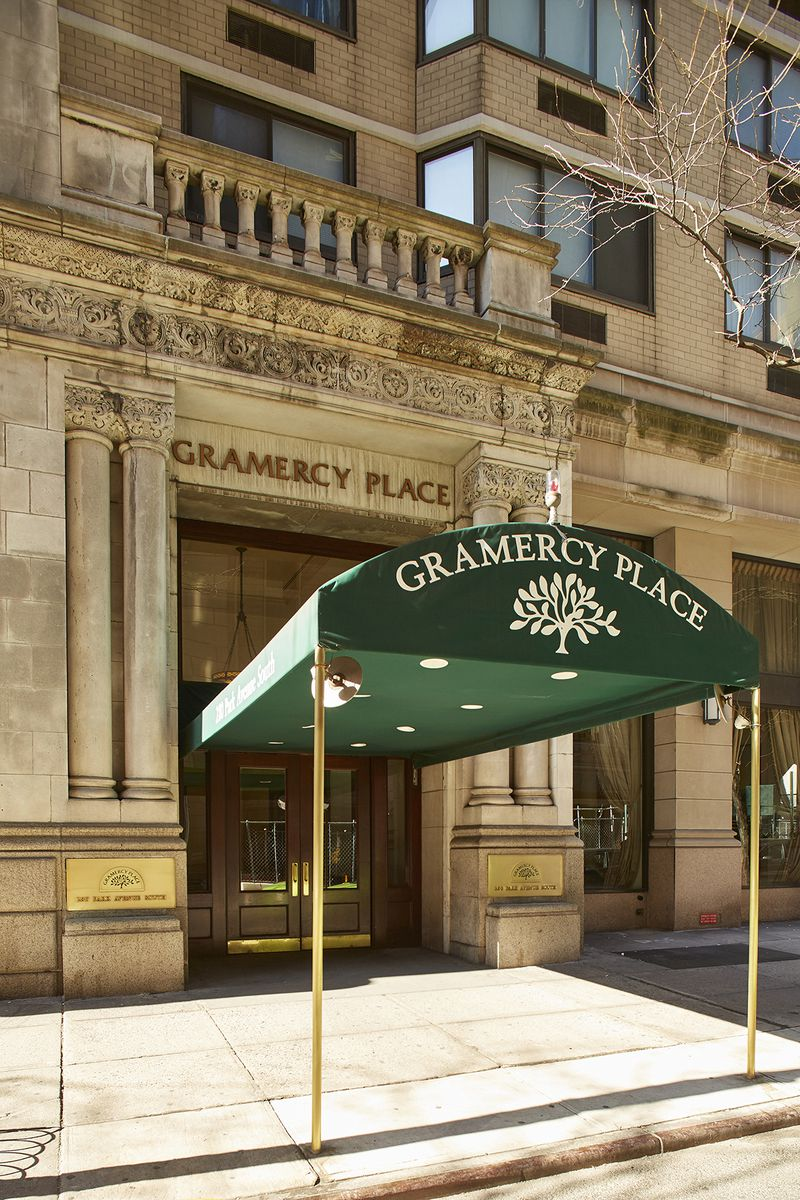 StreetEasy: The Gramercy Place Condo at 280 Park Avenue South in ...