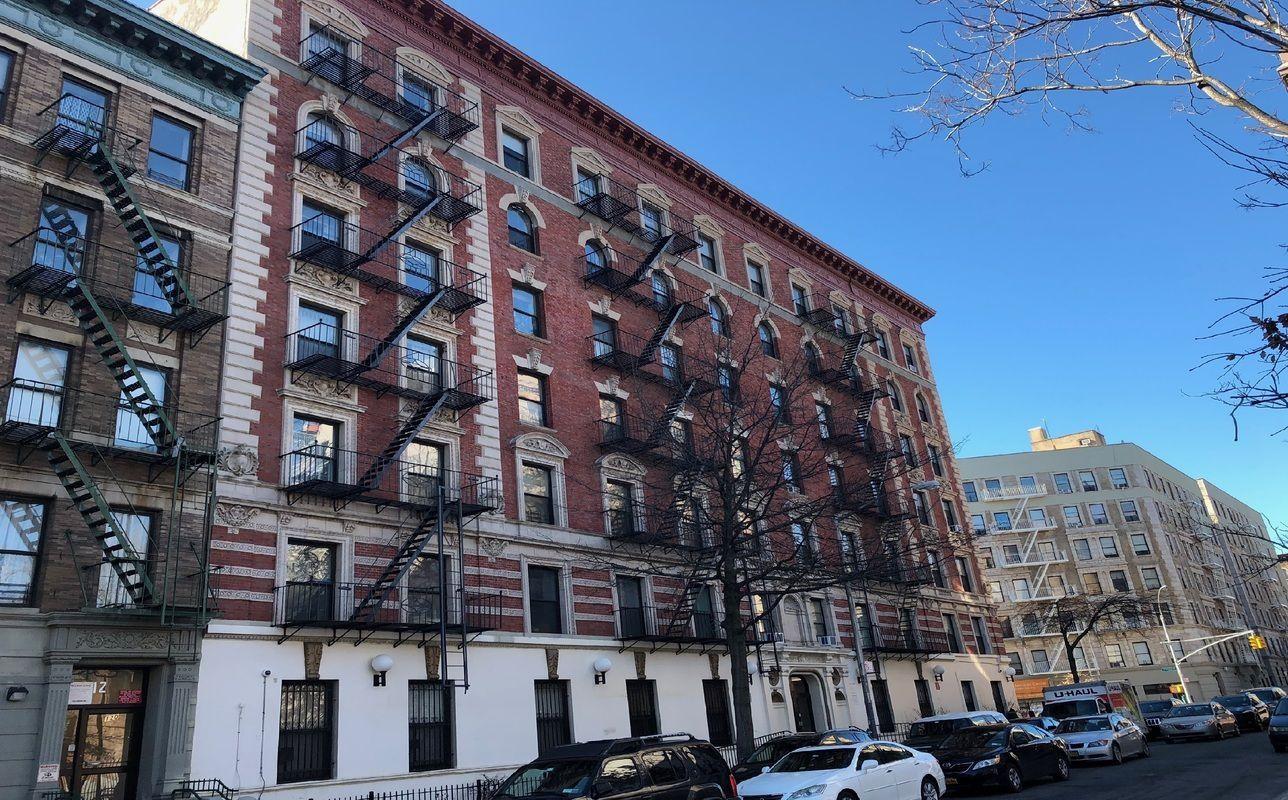 1306 St Nicholas Avenue New York: 66-72 Saint Nicholas Avenue In South Harlem : Sales