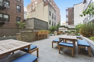 The Charleston At East St In Murray Hill Sales