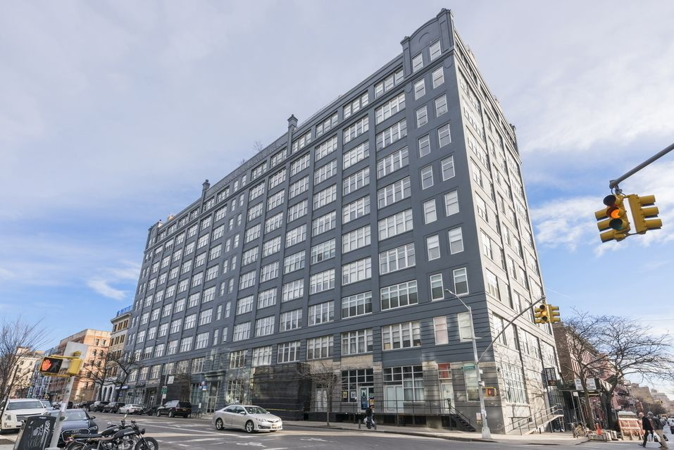 The Gretsch at 60 Broadway in Williamsburg Sales Rentals