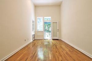 rental unit in upper east side 330 east 77th street