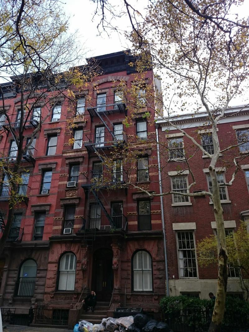 42 morton street in west village manhattan naked apartments for Manhattan west village apartments