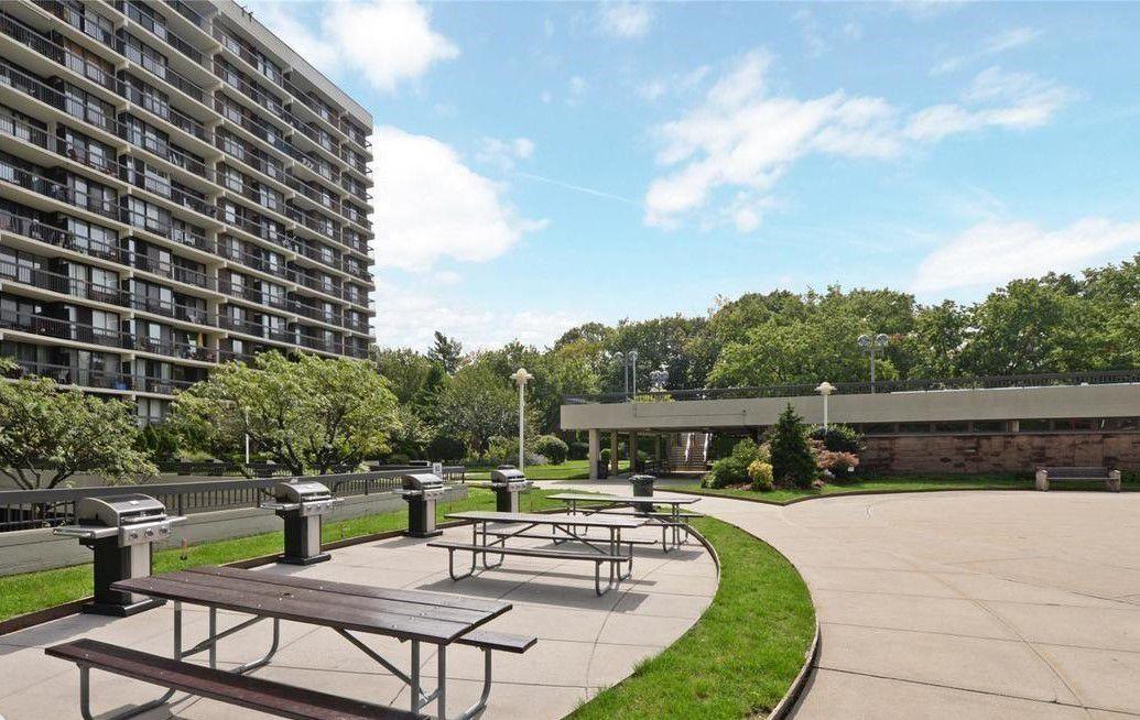 Streeteasy 152 18 Union Turnpike In Kew Gardens Hills 9k Sales Rentals Floorplans