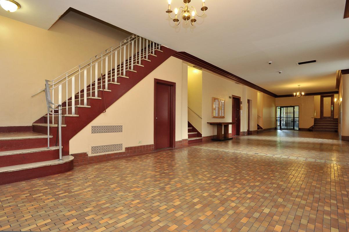 StreetEasy: 601 Pelham Parkway North in Bronxwood, #203 - Sales ...
