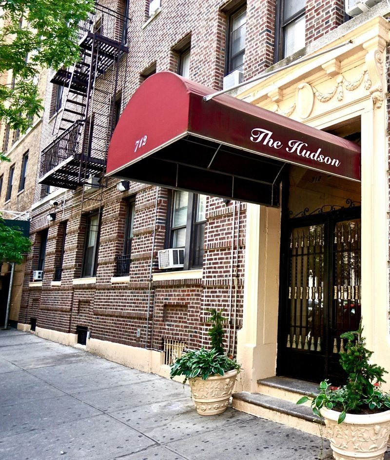 Street Easy Rentals: 712 West 175th St. In Hudson Heights : Sales, Rentals