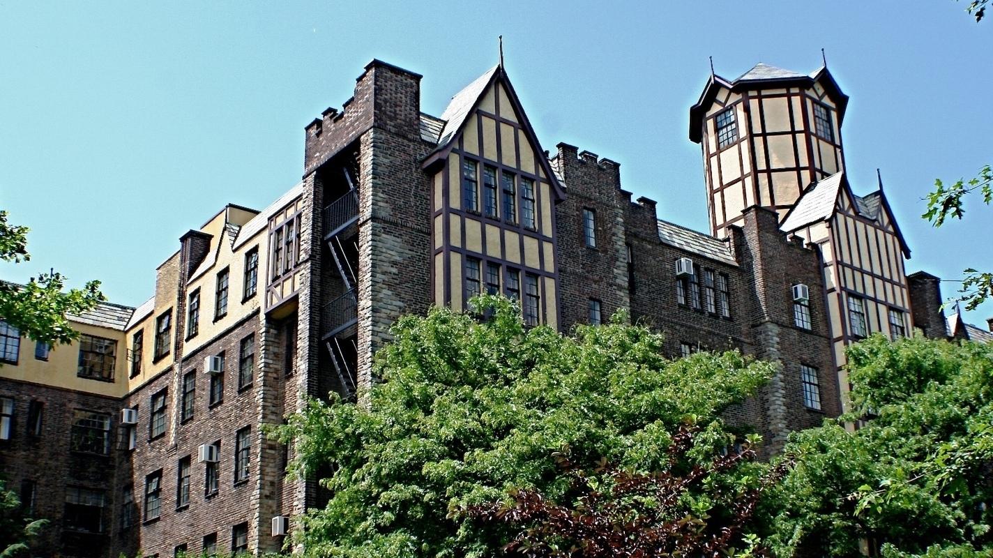 Tudor Gardens Apartments