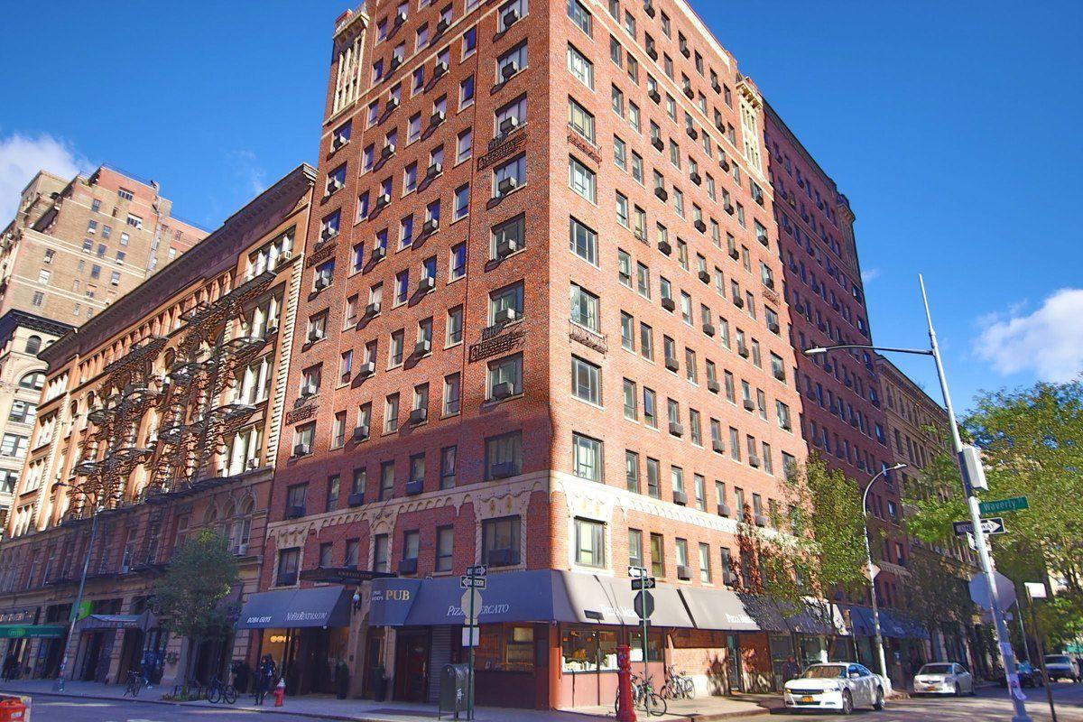 11 Waverly Place 12i