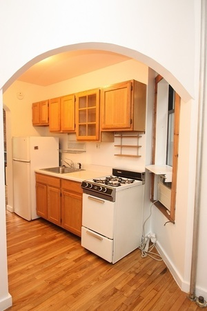 Hells Kitchen Apartments For Sale