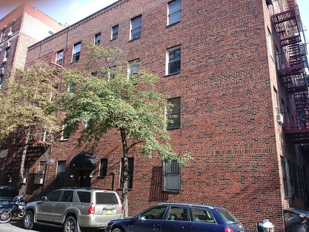 26 bedford street in west village manhattan naked for Manhattan west village apartments