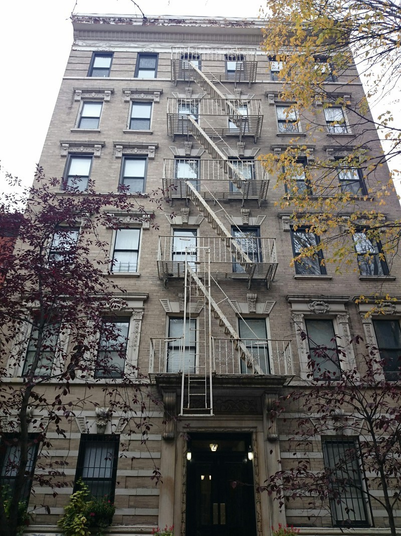 Building 227 West 11th Street