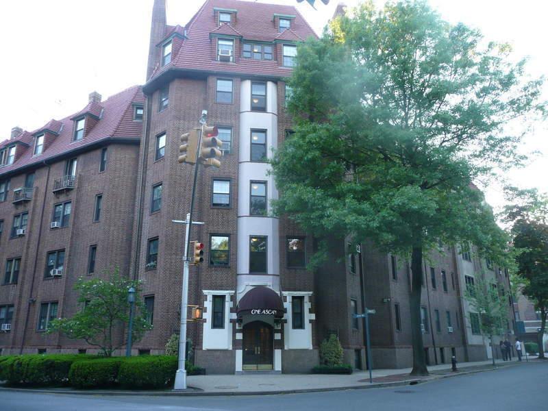1 Ascan Ave. in Forest Hills : Sales, Rentals, Floorplans | StreetEasy