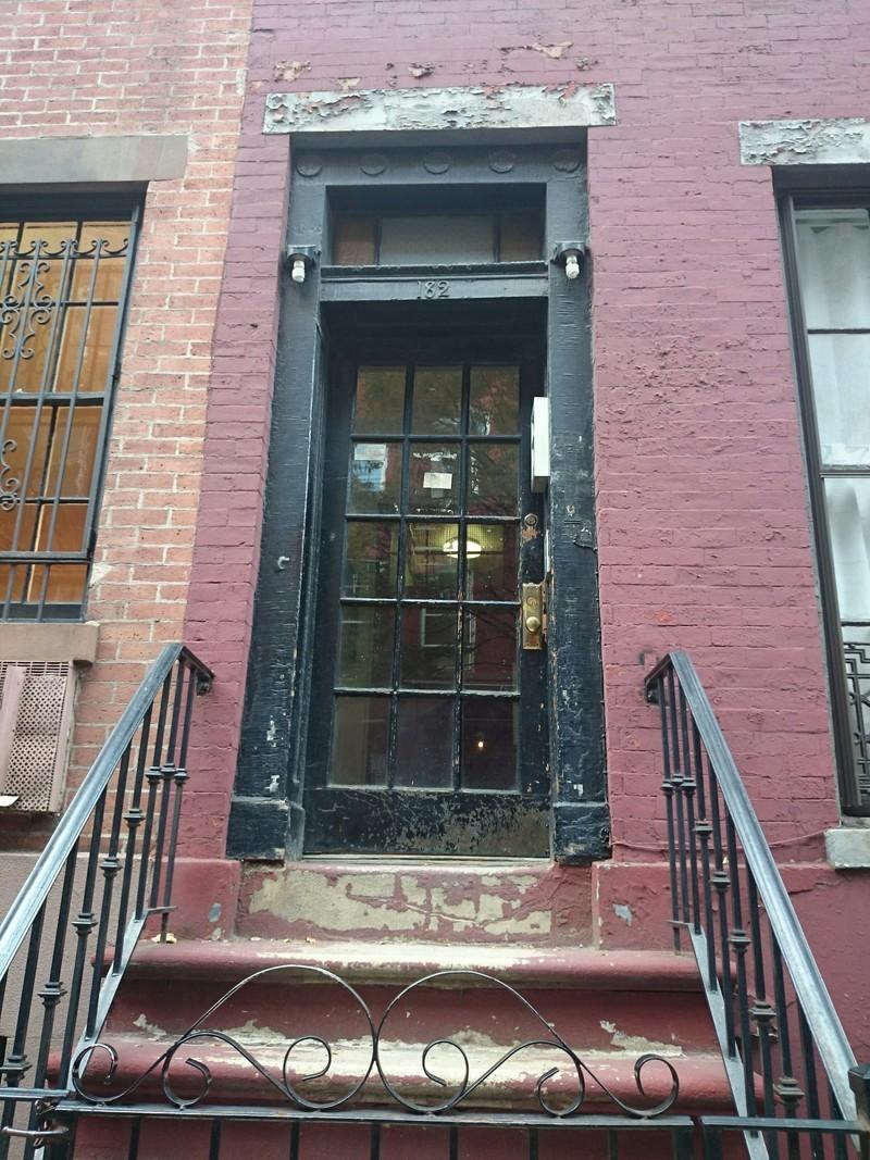 182 waverly place in west village manhattan naked for Manhattan west village apartments